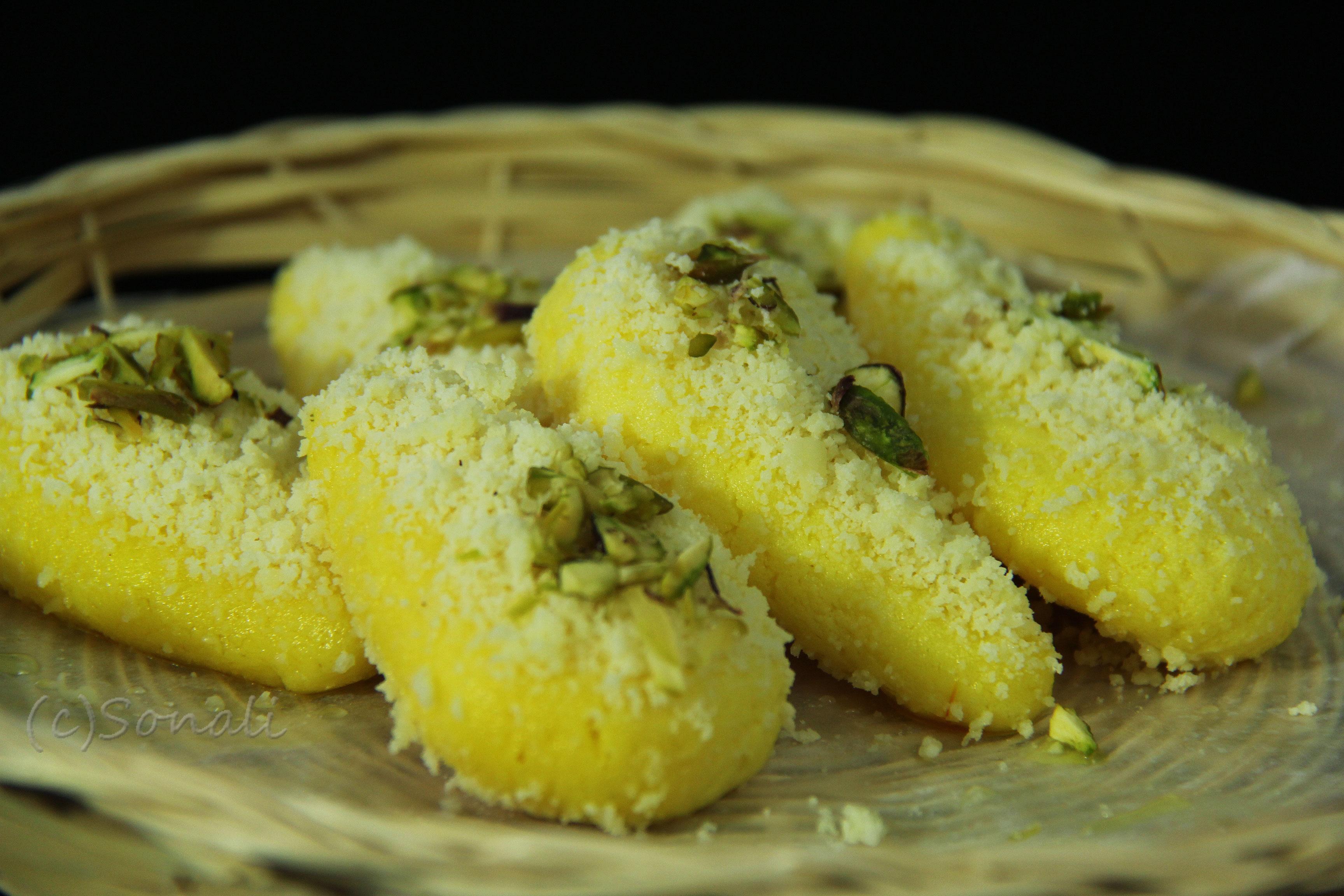 Indian Sweets Rasgulla Gulab Jamun Box Recipes Mithai Ladoo Barfi