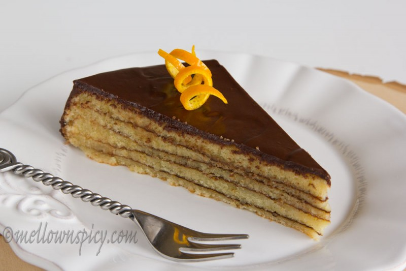 ... cakes in the tradition of Baumkuchen (tree cake) and Schichttorte