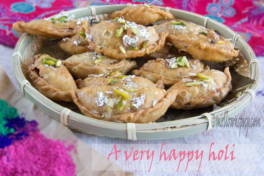 Gujiya or Karanji : Indian sweet puff  |Sweet|
