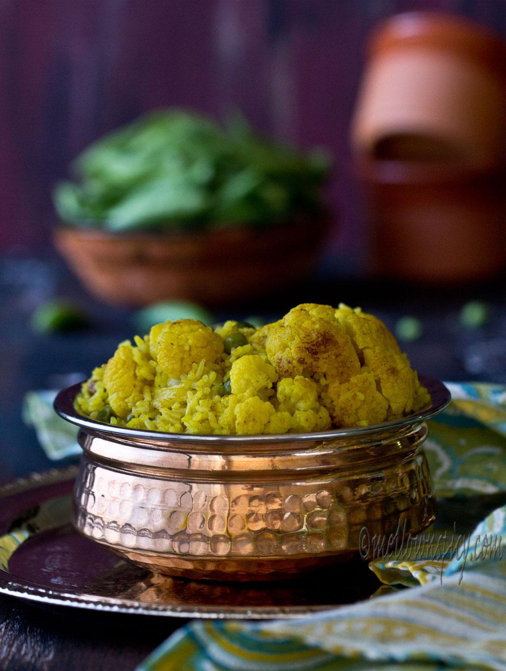 Gobi Pulao : Cauliflower Pilaf |Cooking|