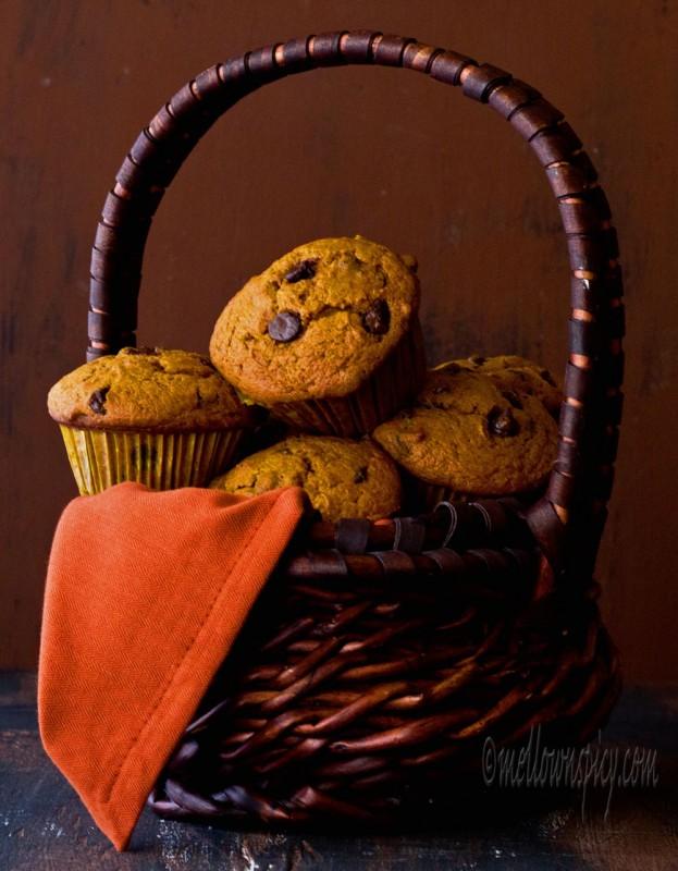 Chocolate Chips Pumpkin Muffins