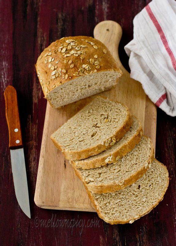 Honey and Oats Sandwich Bread