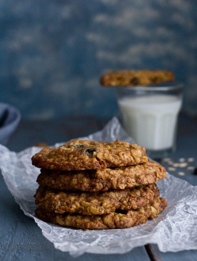 Oats and Raisin Cookies  Baking 