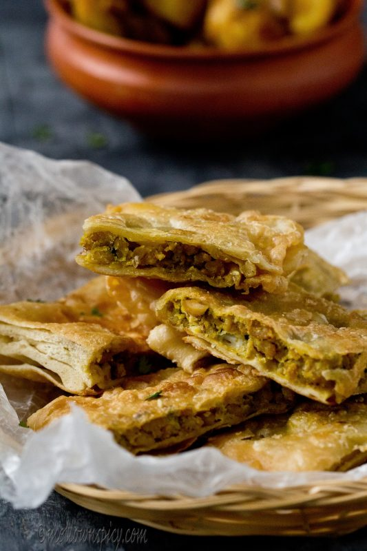 Moglai Chicken Porota